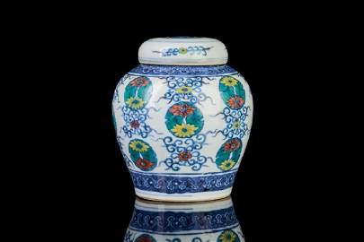 CHINESE DOUCAI ENAMEL PORCELAIN COVERED JAR