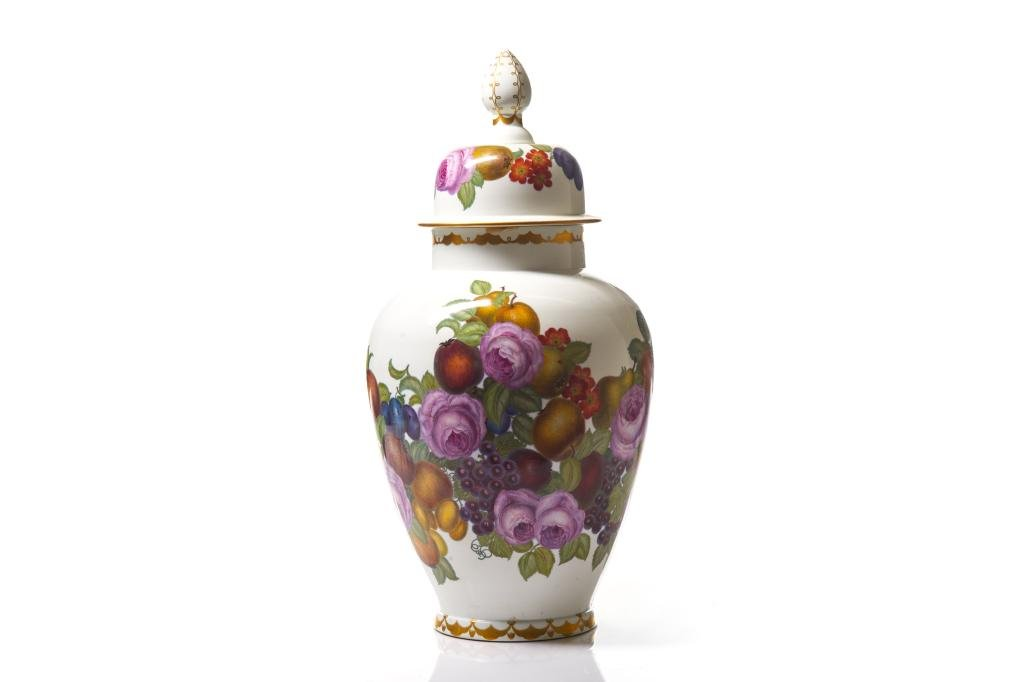LARGE MEISSEN HAND PAINTED PORCELAIN COVERED URN