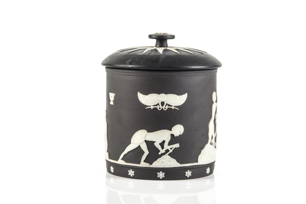 WEDGWOOD BLACK JASPER EGYPTIAN COVERED TOBACCO JAR