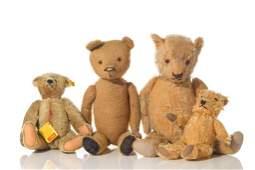 FOUR ANTIQUE TEDDY BEARS (INCLUDING STEIFF)