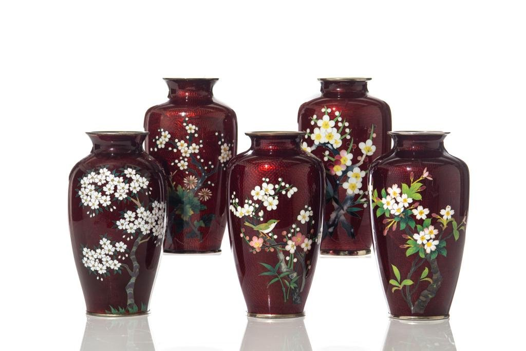 FIVE JAPANESE RED GROUND GINBARI CLOISONNE VASES