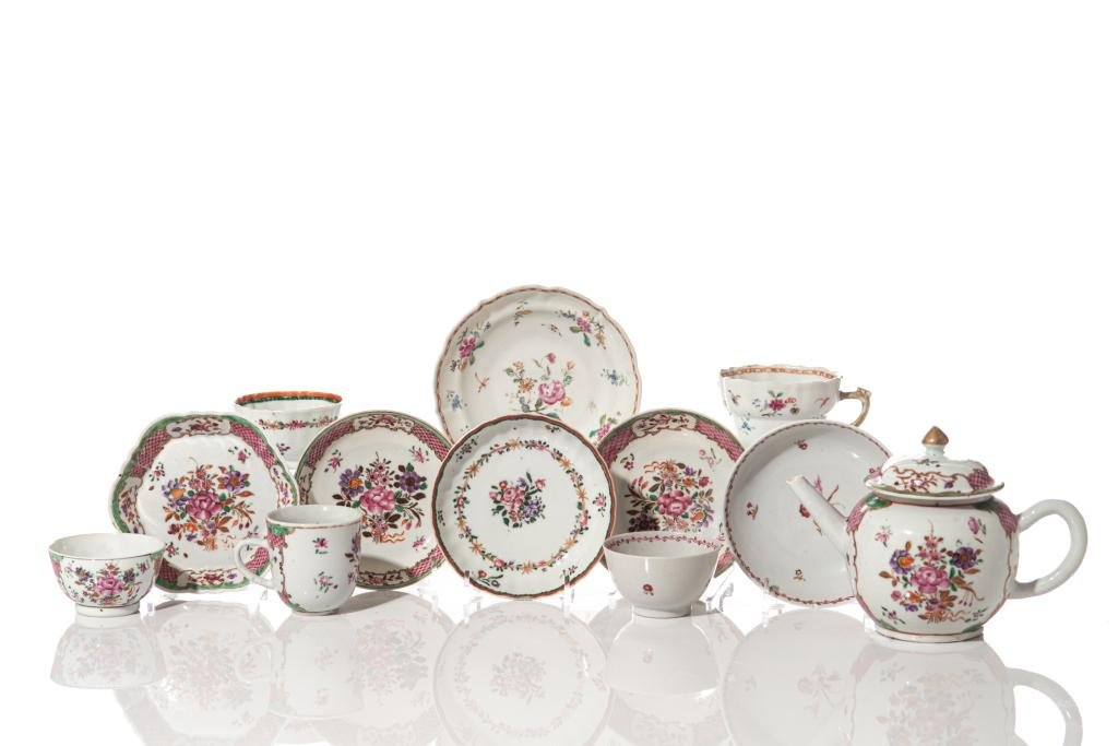 GROUP OF CHINESE EXPORT FAMILLE ROSE PORCELAIN