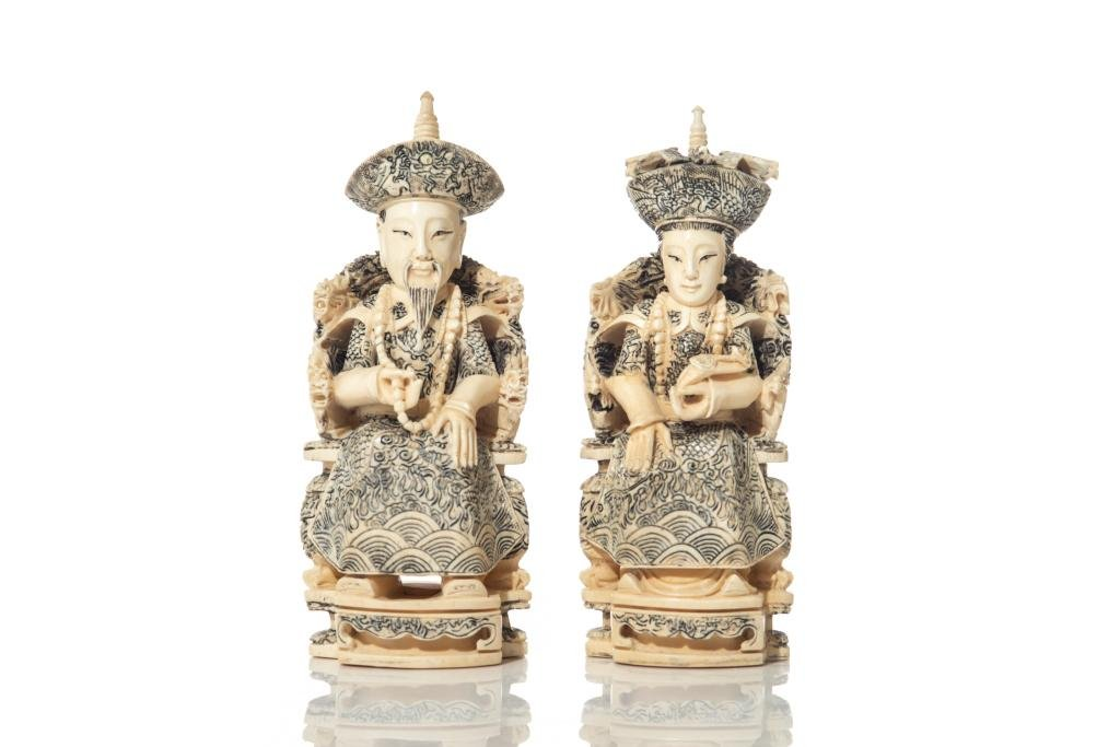 PAIR OF CHINESE NATURAL CARVED EMPEROR & EMPRESS