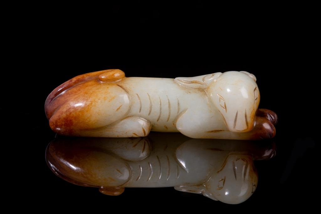 CHINESE JADE CARVED RECLINING DOG