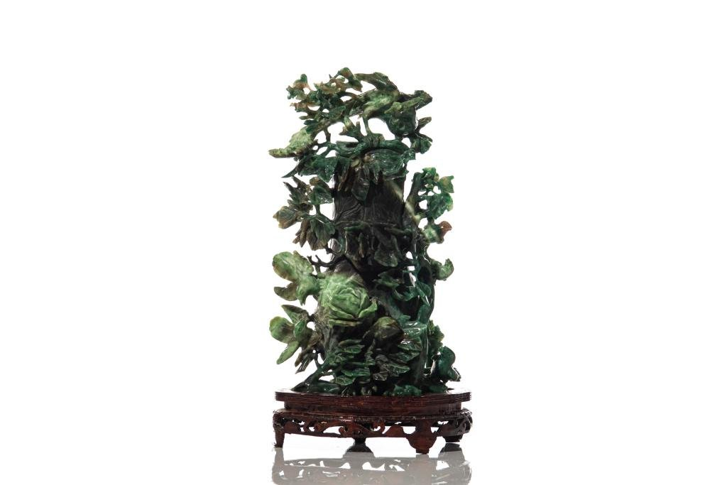 CHINESE SPINACH JADE ORNAMENTAL BOTTLE