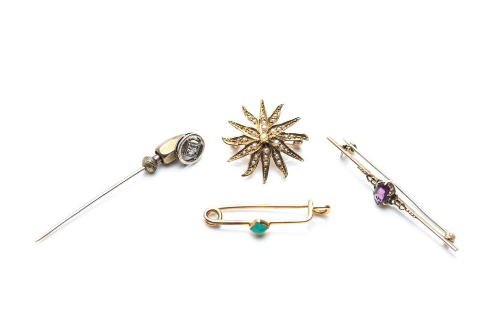 ANTIQUE DIAMOND STICK PIN AND THREE BROOCHES