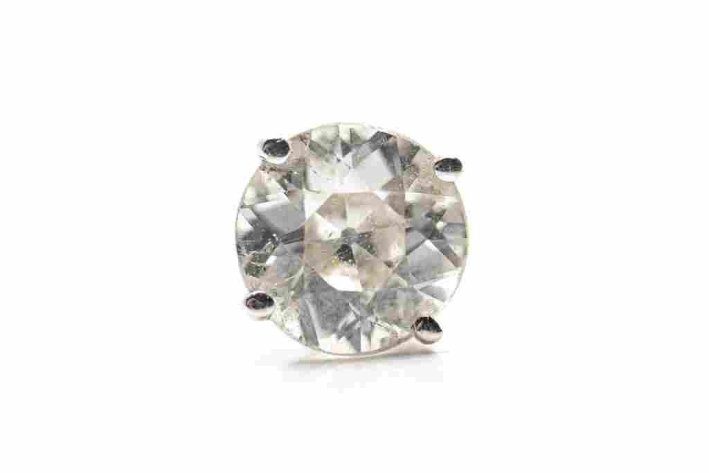 SINGLE DIAMOND SOLITAIRE STUD EARRING, 1g