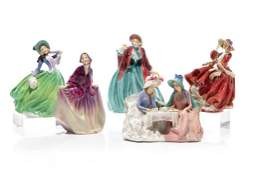 GROUP OF FIVE ASSORTED ROYAL DOULTON FIGURES