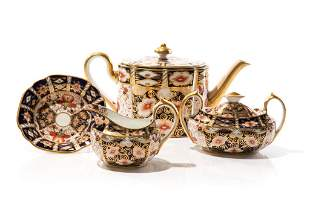 THREE PIECE ROYAL CROWN DERBY IMARI TEA SET