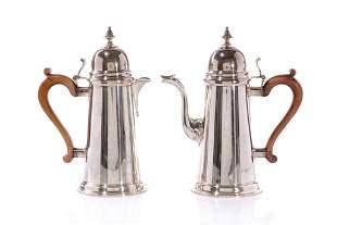 ENGLISH SILVER COFFEE POT & HOT WATER POT, 1,318g