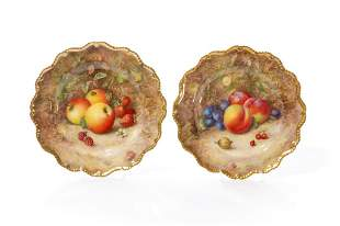 PAIR SIGNED ROYAL WORCESTER PAINTED FRUIT PLATES