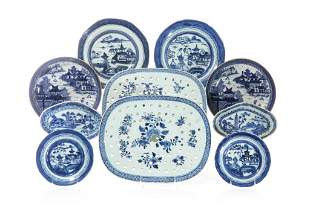 GROUP OF CHINESE EXPORT BLUE & WHITE PORCELAIN