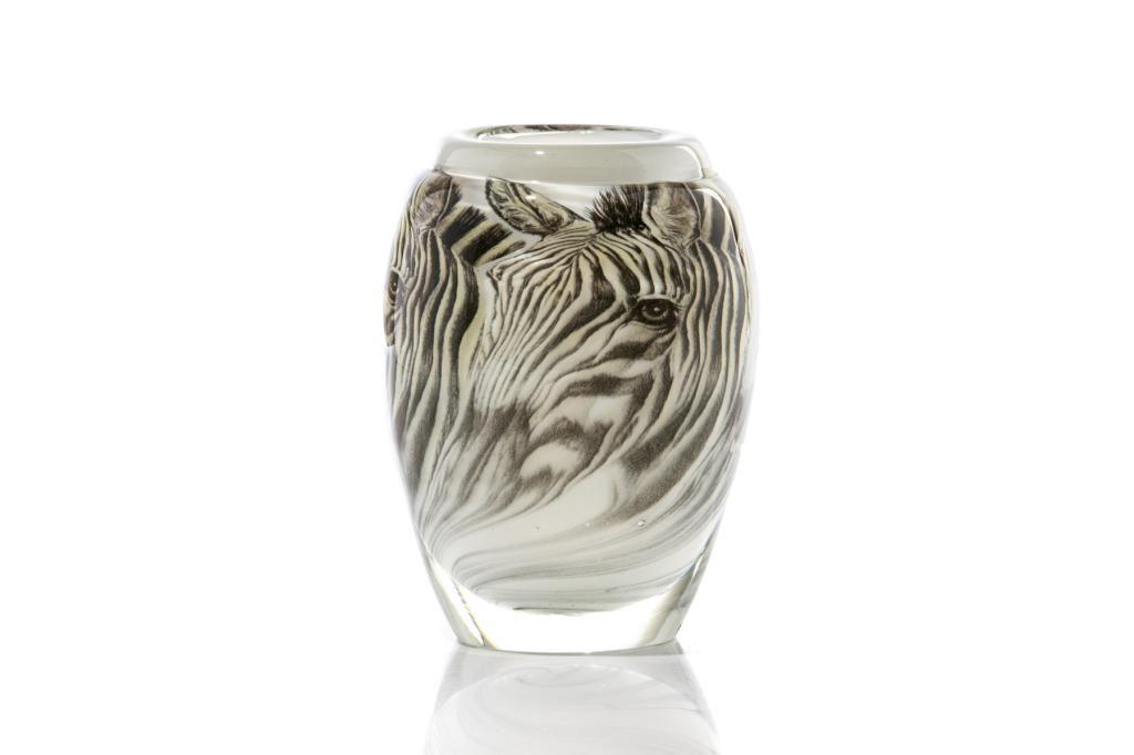 TOAN KLEIN (Canadian, b.1949) GATO ART GLASS VASE