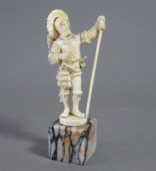 1002: FINE FRENCH DIEPPE CARVED IVORY FIGURE