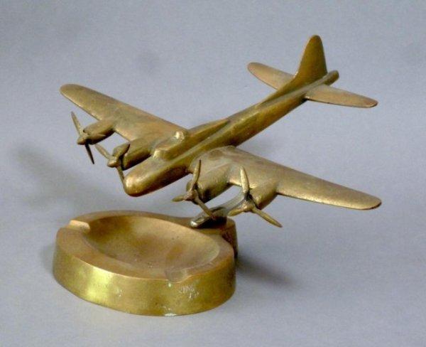 1010: WWII GILT BRASS B-17 BOMBER ASHYTRAY