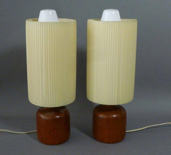 1018: PAIR OF SCANDINAVIAN MID CENTURY TEAK TABLE LAMPS