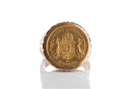 MEN'S GOLD RING WITH INSET COIN, 18g