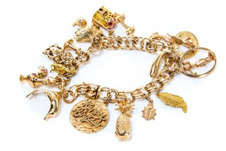 VINTAGE GOLD CHARM BRACELET, 63g