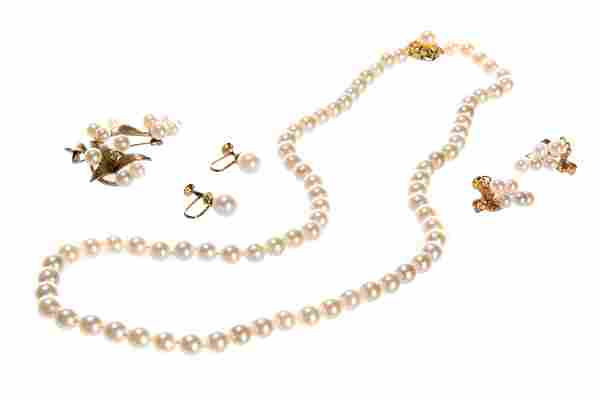 GROUP OF PEARL & GOLD JEWELLERY, 19g