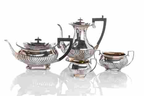 VICTORIAN SILVER TEA & COFFEE SET, 1,712g