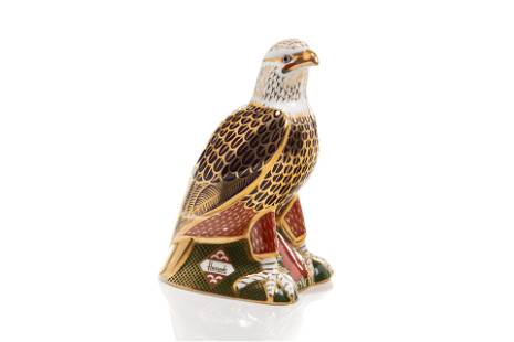 ROYAL CROWN DERBY PORCELAIN EAGLE PAPERWEIGHT