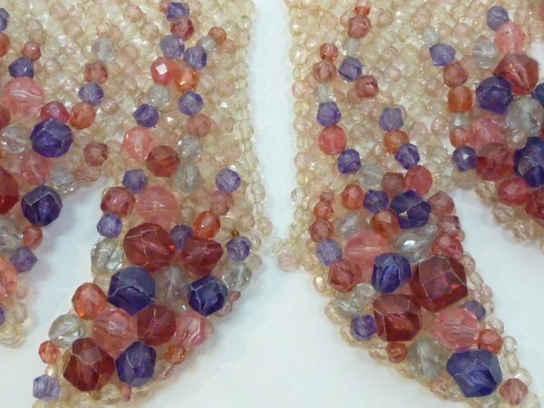 1098: COPPOLA E TOPPO PLASTIC & GLASS COLLAR NECKLACE - 2