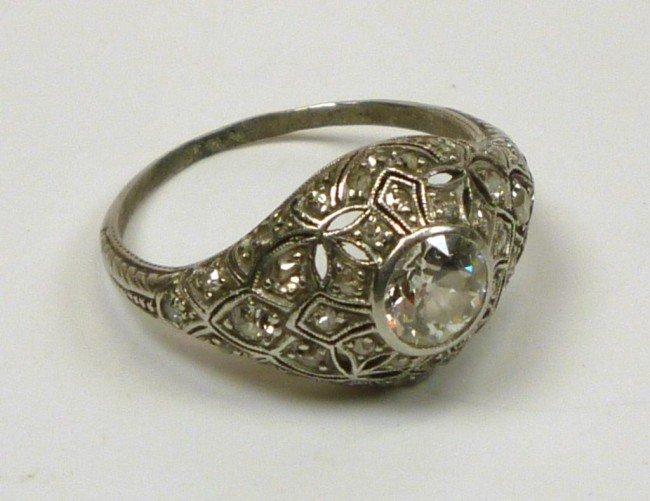 1016: ART DECO PLATINUM AND DIAMOND RING