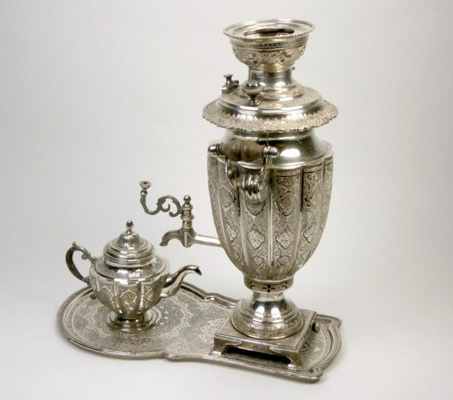 1065: PERSIAN SILVER TEA URN WITH TRAY AND POT