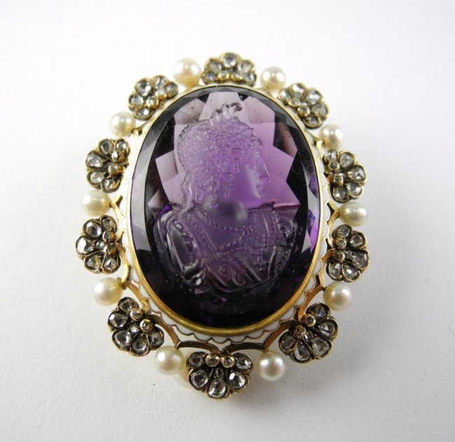 1003: AMETHYST CAMEO BROOCH WITH DIAMONDS & PEARLS