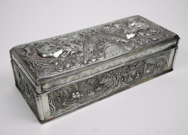 1091: LATE 19TH CENTURY CHINESE EXPORT SILVER BOX