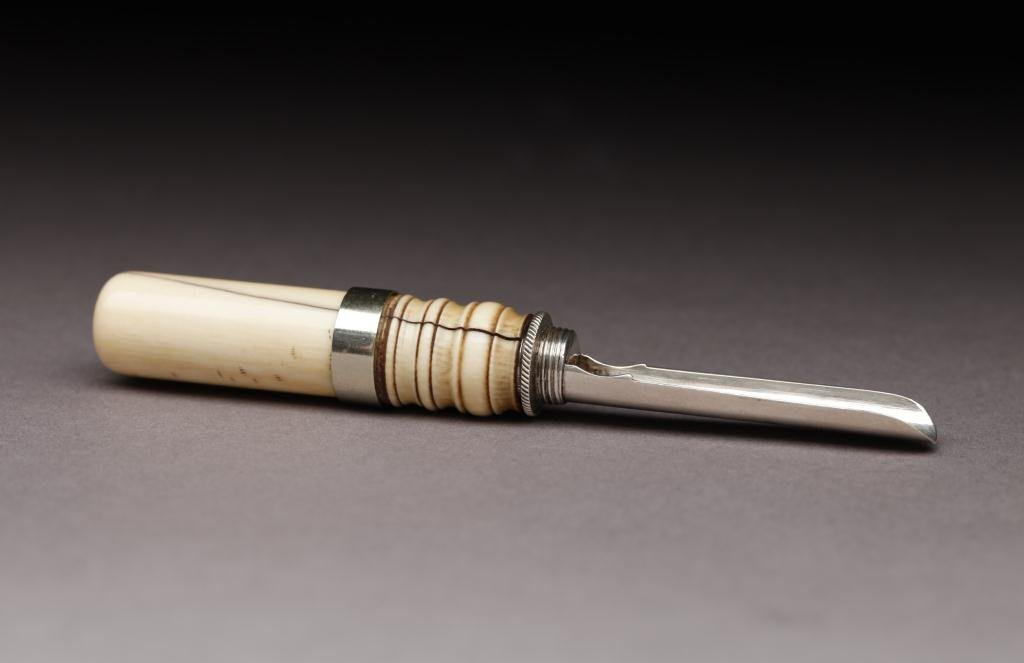 1005: VICTORIAN  SILVER & IVORY APPLE CORER
