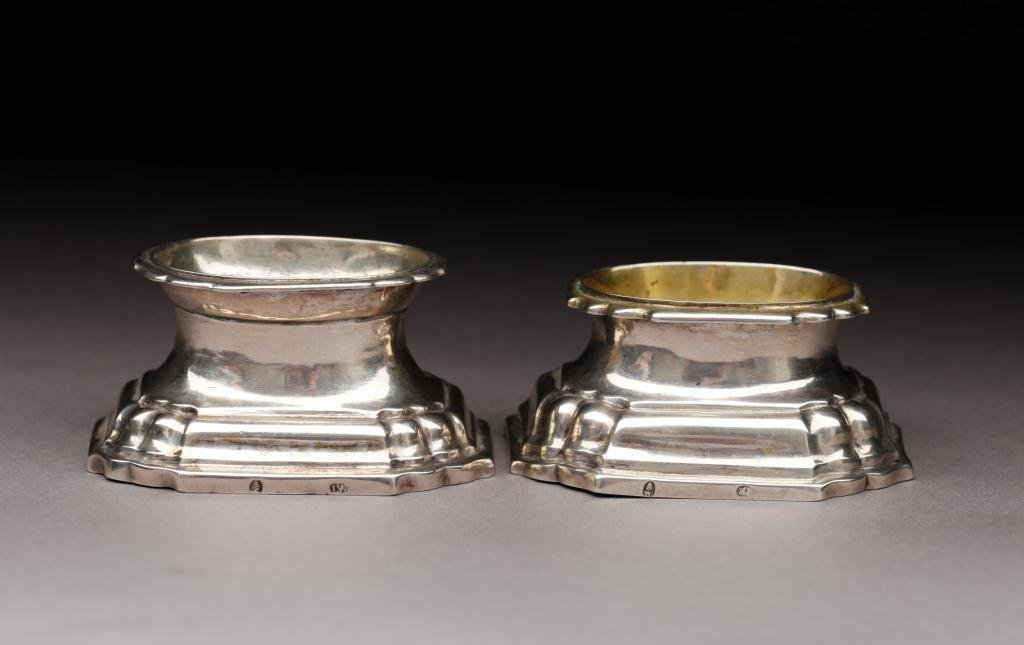 1019: TWO GERMAN SILVER 18TH CENTURY TRENCHER SALTS