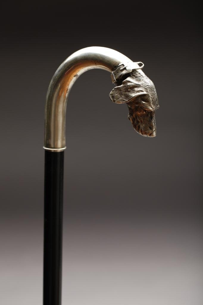 2004: 19TH C. FINE RUSSIAN SILVER DOG HEAD HANDLE
