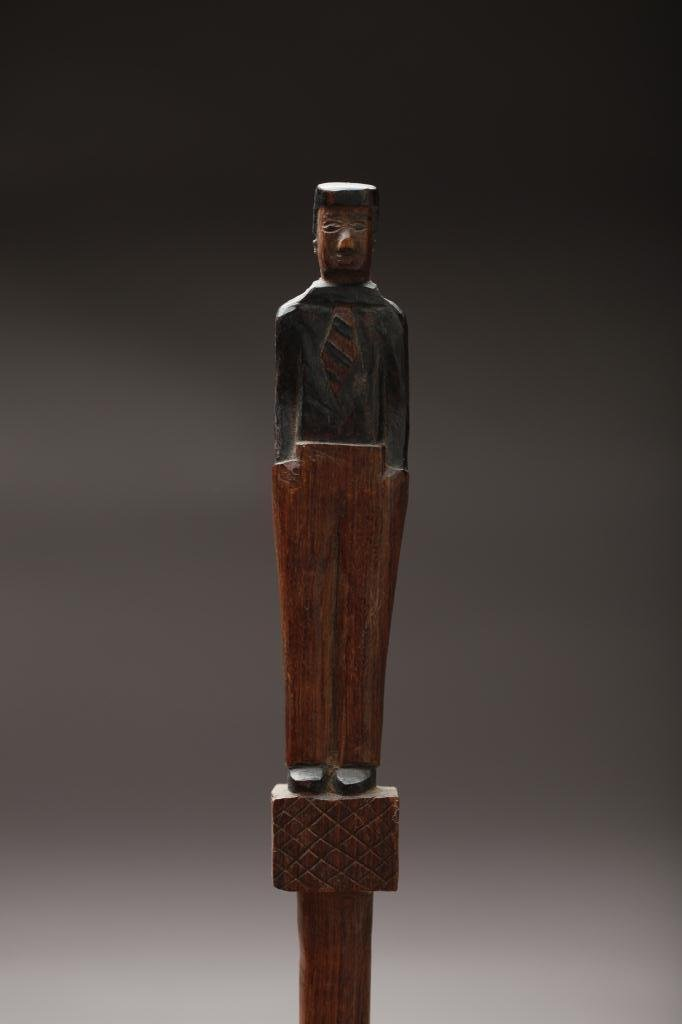 2022: FOLK ART CARVED WOOD CANE WITH FIGURE