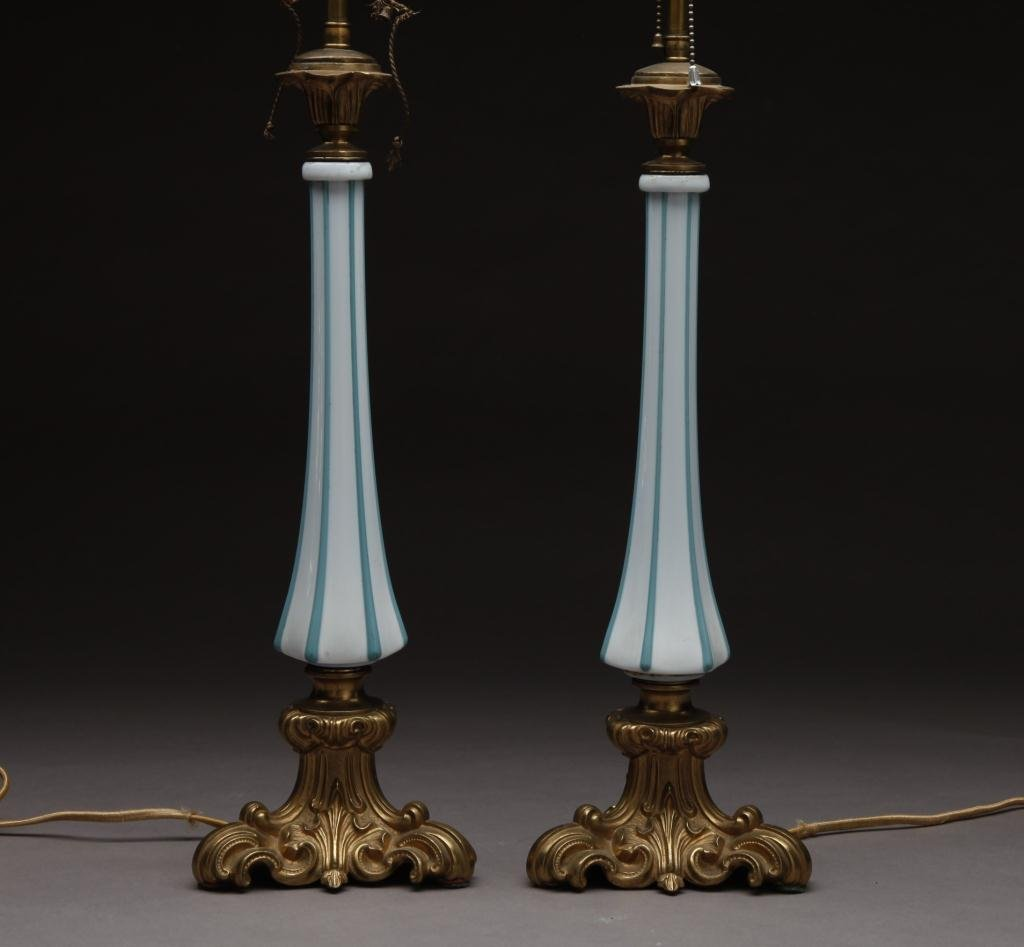 3015: PAIR OF FRENCH BRONZE & GLASS TABLE LAMPS