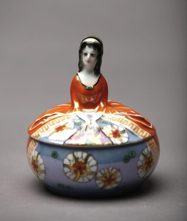 1005: NORITAKE FIGURAL DRESSER JAR