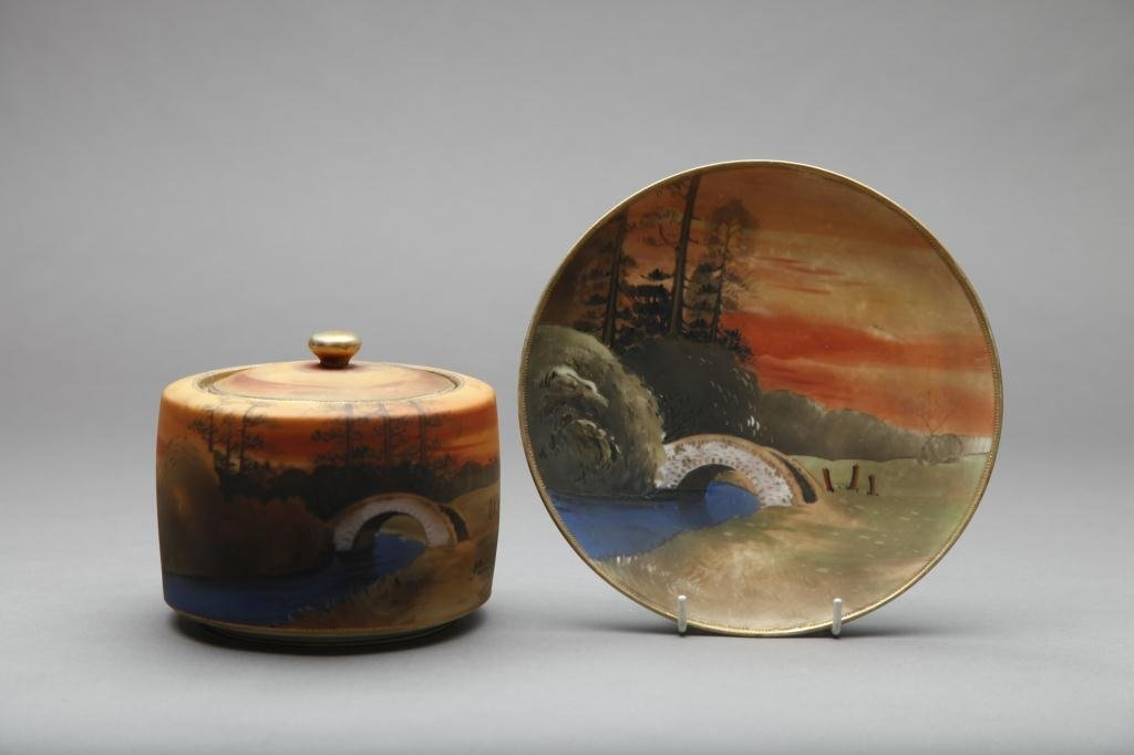2021: NIPPON HAND PAINTED HUMIDOR AND PLAQUE