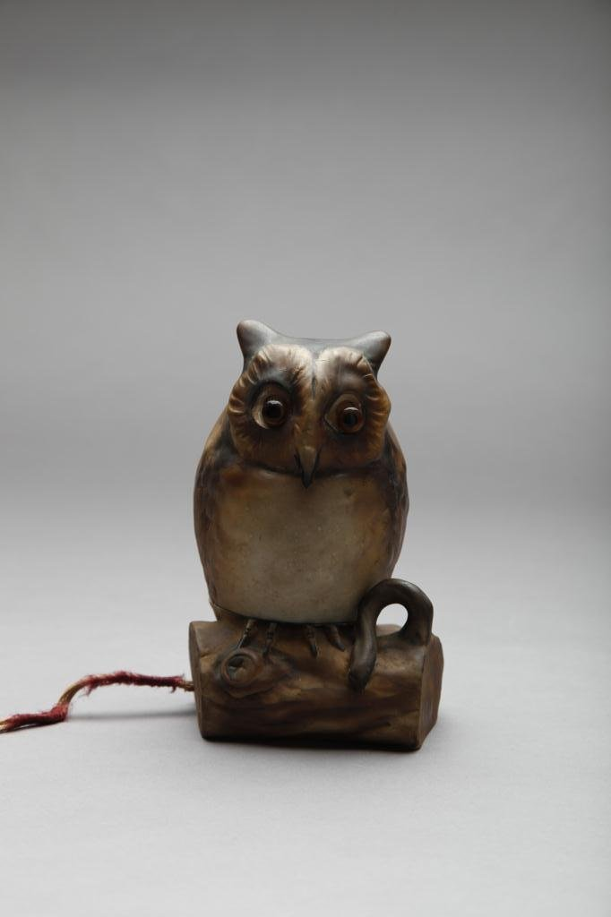 2047: EARLY NORITAKE MOULDED OWL NIGHT LIGHT