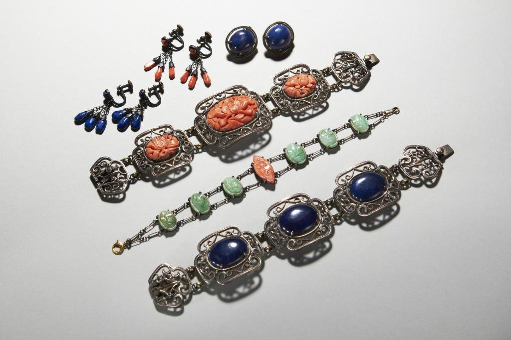 1007: LOT OF CHINESE JEWELLERY