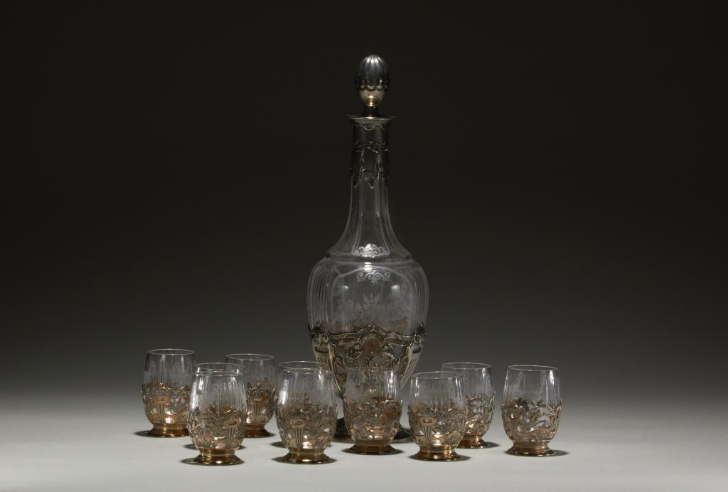2010: 19TH CENTURY FRECH SILVER & GLASS LIQUEUR SET