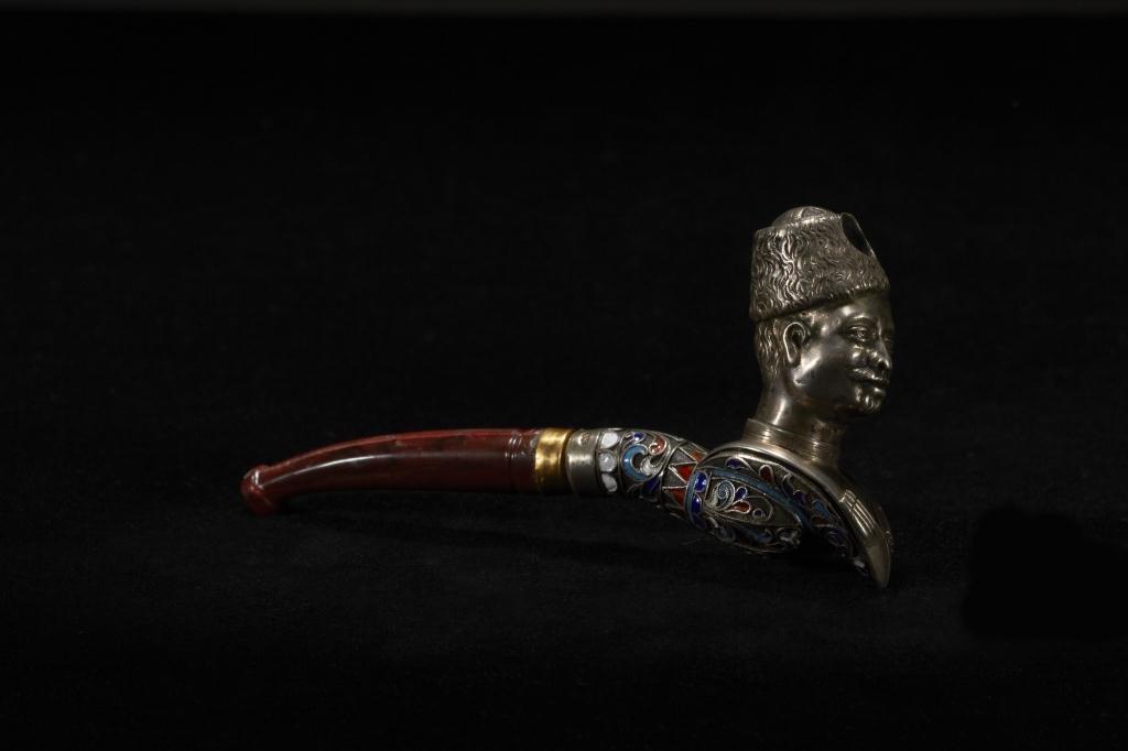 2031: RUSSIAN SILVER  & ENAMEL FIGURAL PIPE