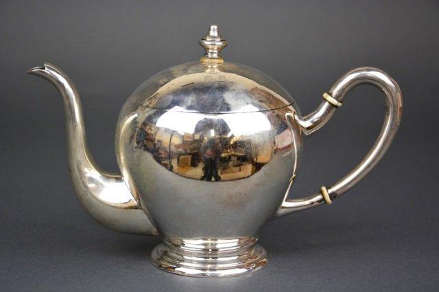 Austro Hungarian silver teapot, 466 g.