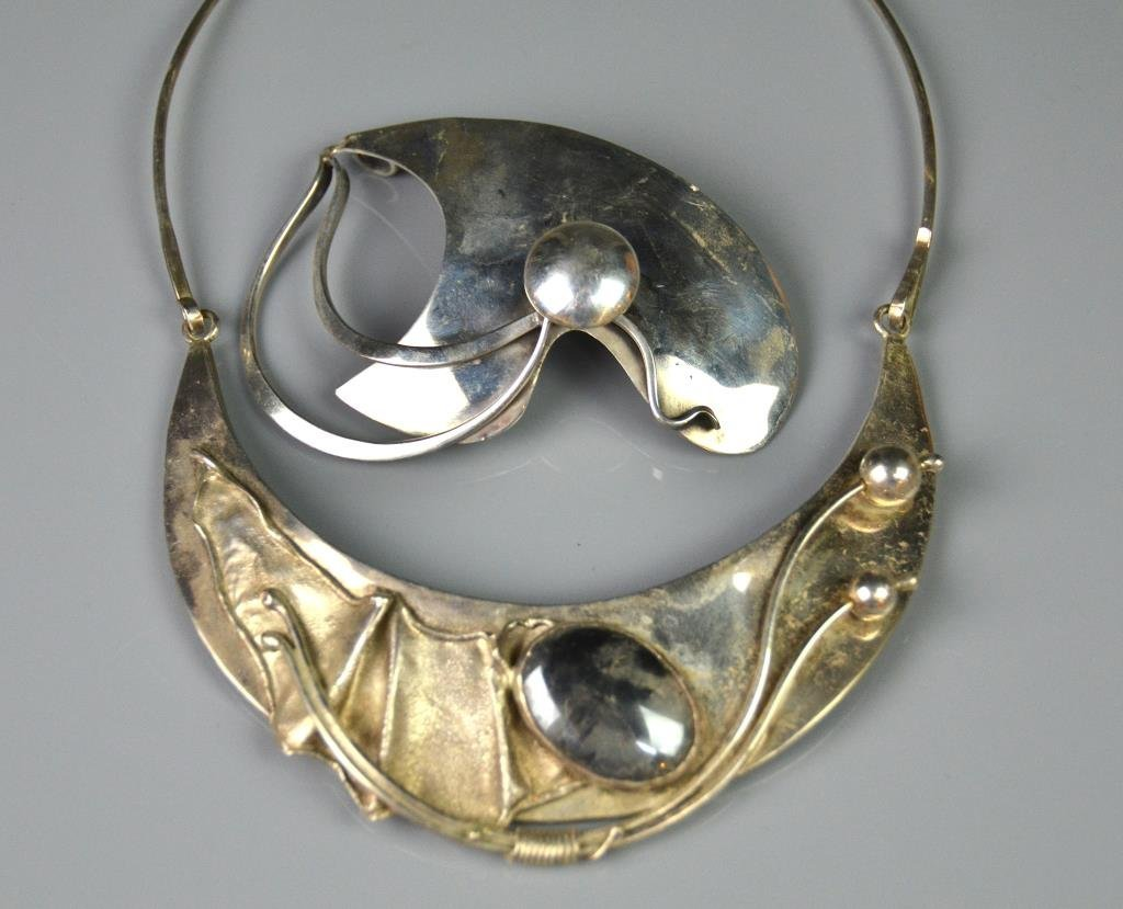 TWO PIECES OF MODERNIST SILVER JEWELLERY