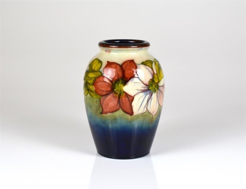 MOORCROFT CLEMATIS PATTERN POTTERY VASE