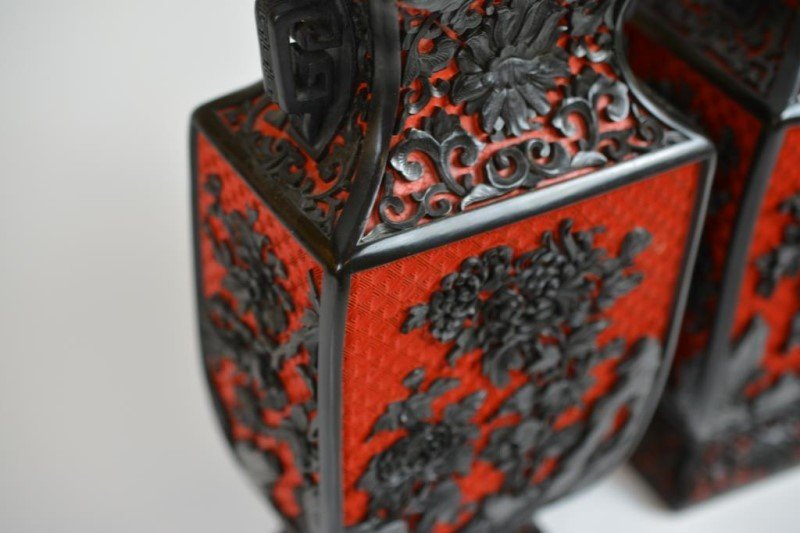 PAIR OF CARVED CINNABAR LACQUER VASES - 2