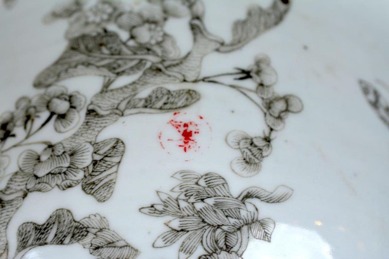 CHINESE GRISAILLE DECORATED JARDINIERE - 4