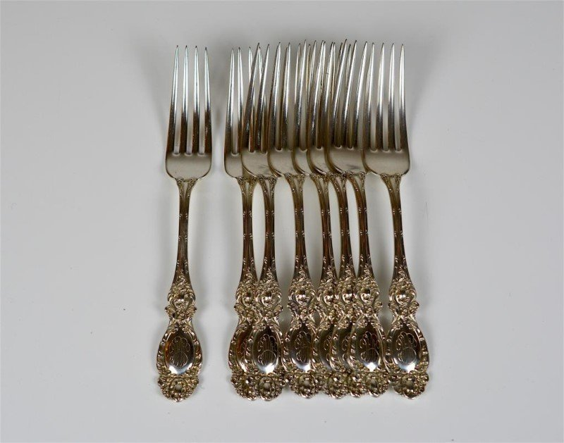 EIGHT AMERICAN SILVER FORKS