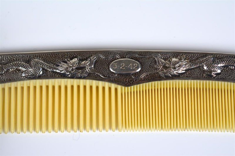 CHINESE EXPORT SILVER COMB - 3