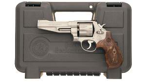 Smith & Wesson Model 627-5 Double Action Revolver