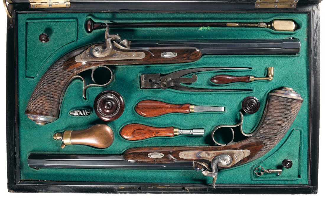 14: Cased Engraved Matching Pair of French Lamouroux Pe